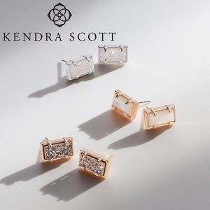 Kendra Scott Paola Stud Earrings